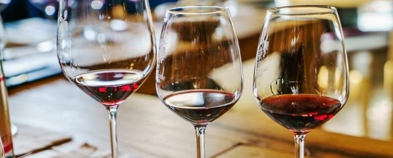 Wine-Glasses-crop